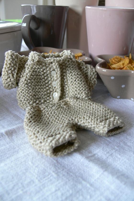tricot set pour poupée